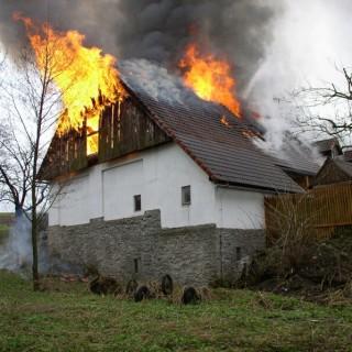 Požář-Hlinné