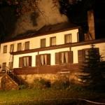 Požár chaty Jiskra-Deštné